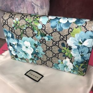 Auth GUCCI blooms wallet shoulder bag